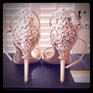Beautiful embellished high heels color Is IVORY